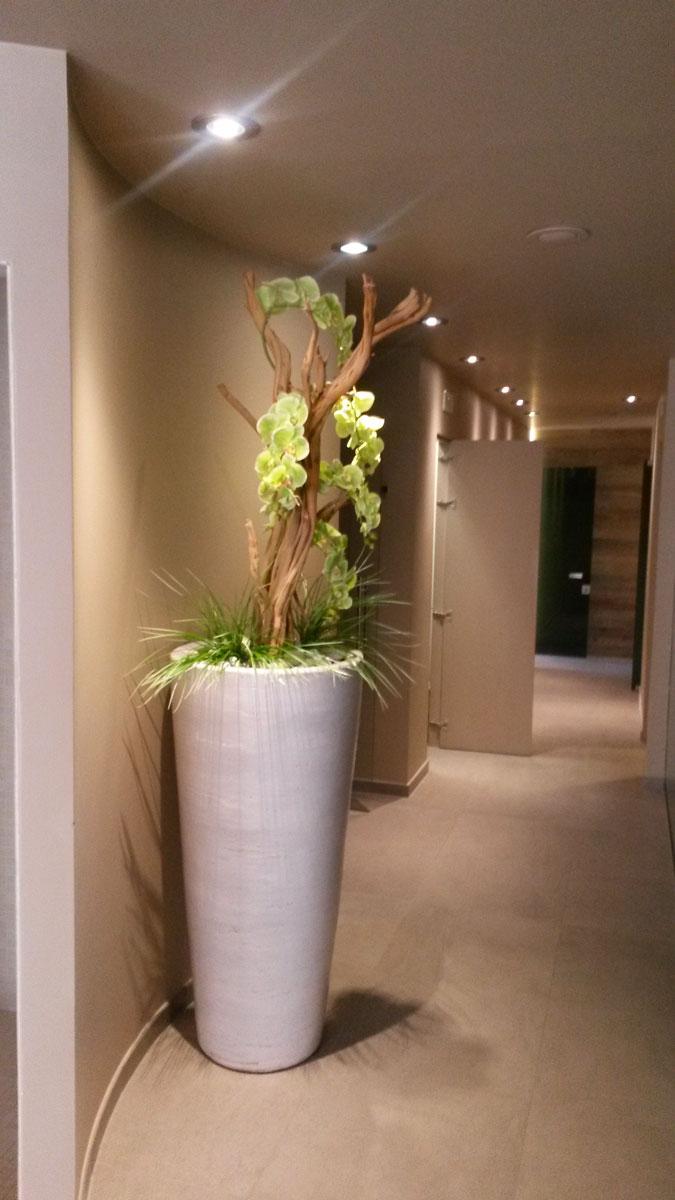 Allestimenti floreali fiorfiore vendita piante e fiori for Composizioni fiori finti per arredamento