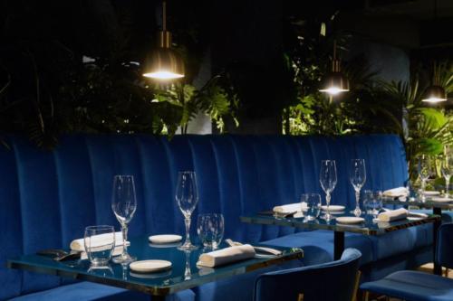 allestimenti-fiori-piante-artificiali-ristorante-bistro-lusso 4