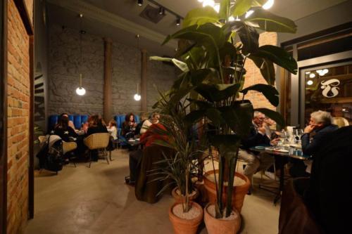 allestimenti-fiori-piante-artificiali-ristorante-bistro-lusso 6