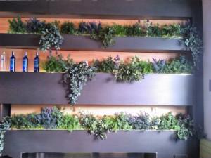 allestimenti-fiori-piante-artificiali pub-bar-birreria-1