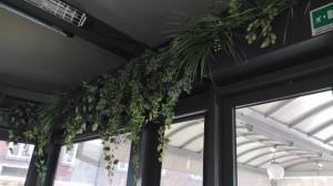 allestimenti-fiori-piante-artificiali pub-bar-birreria-2